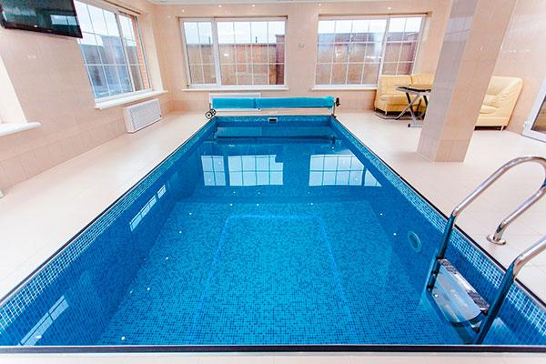 mantenimiento de una piscina